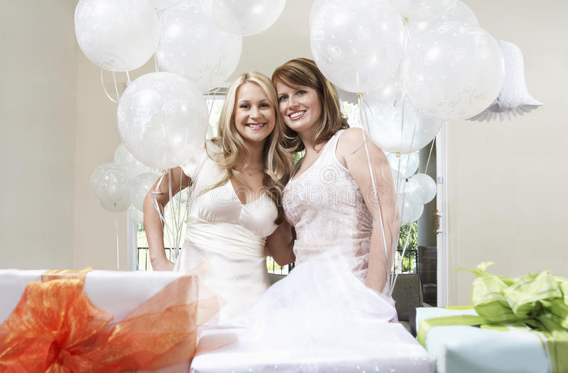 Twining with bride